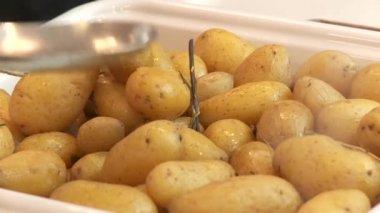 Tasty potatoes — Stock Video