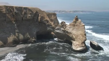 Coast in the Paracas National Parc in Peru — Stock Video