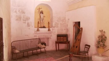 Santa Catalina monastery room — Stock Video