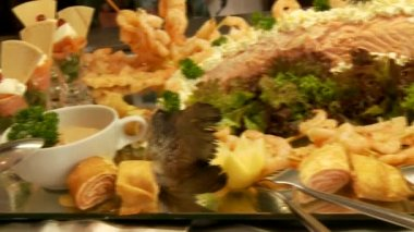 Food in the buffet — Stock Video