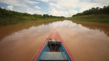 Boat trip at the Amazon river — Vídeo de Stock