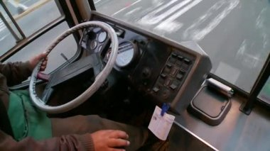 Bus driver — Stockvideo