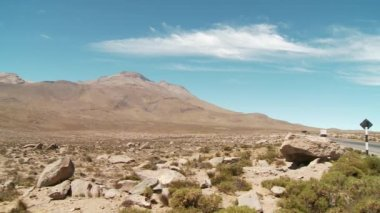 Desert terrain in the Andes — Stock Video