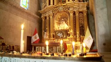 Interior of church in Arequipa — Stock Video