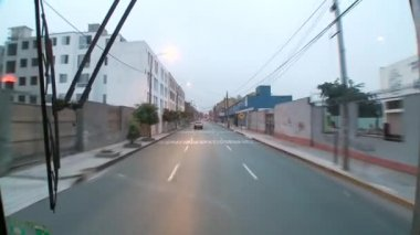 Bus trip through Lima — Stockvideo