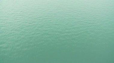 L'eau dans un lac — Vidéo