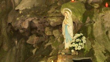 Virgin Mother in valley, Brasa — Vidéo