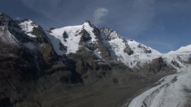 Mountain Grossglockner in the alps — Stock Video