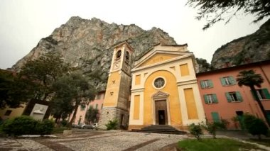 Kirche in Italien — Stockvideo