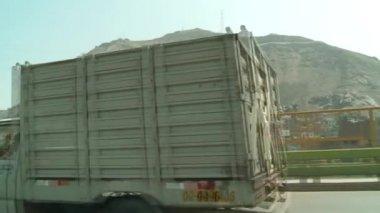 LIMA, PERU - CIRCA NOV 2012: driving in Lima — Stock Video