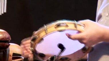 Drummer tumbourine — Stock Video