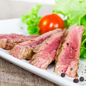 Steak and salas — Stock Photo