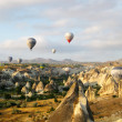 Hot air ballons over peaks in Cappadocia Turkey — Foto de Stock