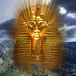 Pharaoh Tutankhamen mask — Stock Photo
