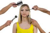 Güzel kadın ve fırçalar ile el — Stok fotoğraf
