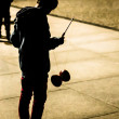 Kid playing Diabolo — Foto de Stock   #32628515
