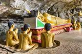 Reclining Buddha - Elephant Cave, Vang Vieng — Stock Photo