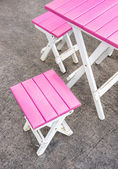 Pink Seats and Table - Street Bar — Stock Photo
