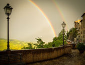 Double Rainbow over Montone, Italy — Foto Stock