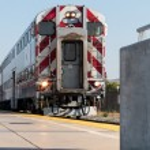 Train 61 at the platform in California — Stock Photo