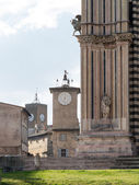 Orvieto Cathedral and Maurizio Tower — Stock Photo