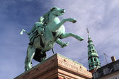 Statue of Bishop Absalon in Copenhagen — Stock Photo