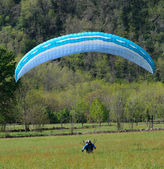 Landing with parasailing — Stockfoto