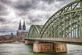 Cologne Cathedral with the Hohenzollern bridge — Stock Photo