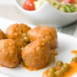 Meatballs with peas sauce and salad — Stock Photo #30473159