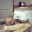 Toaster and bread — Stock Photo