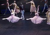 Sigfrido dances with maiden — Stock Photo