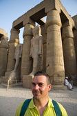 Vsiting エジプト遺跡 — ストック写真