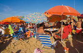 Sanlucar holidaymakers — Stock Photo