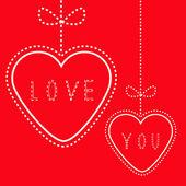 Два висит красных сердечек с бантами. Карты любви. — Cтоковый вектор