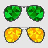 Sada sklenic s zelené a žluté abstraktní trojúhelníky. — Stock vektor