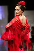 Jerez, Spain - FEBRUARY 9, 2014: Models walk during the Pasarela Flamenca Jerez 2014 Mercedes-Benz — Stock Photo