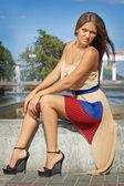 Young woman posing glamorously fashion model — Stock Photo