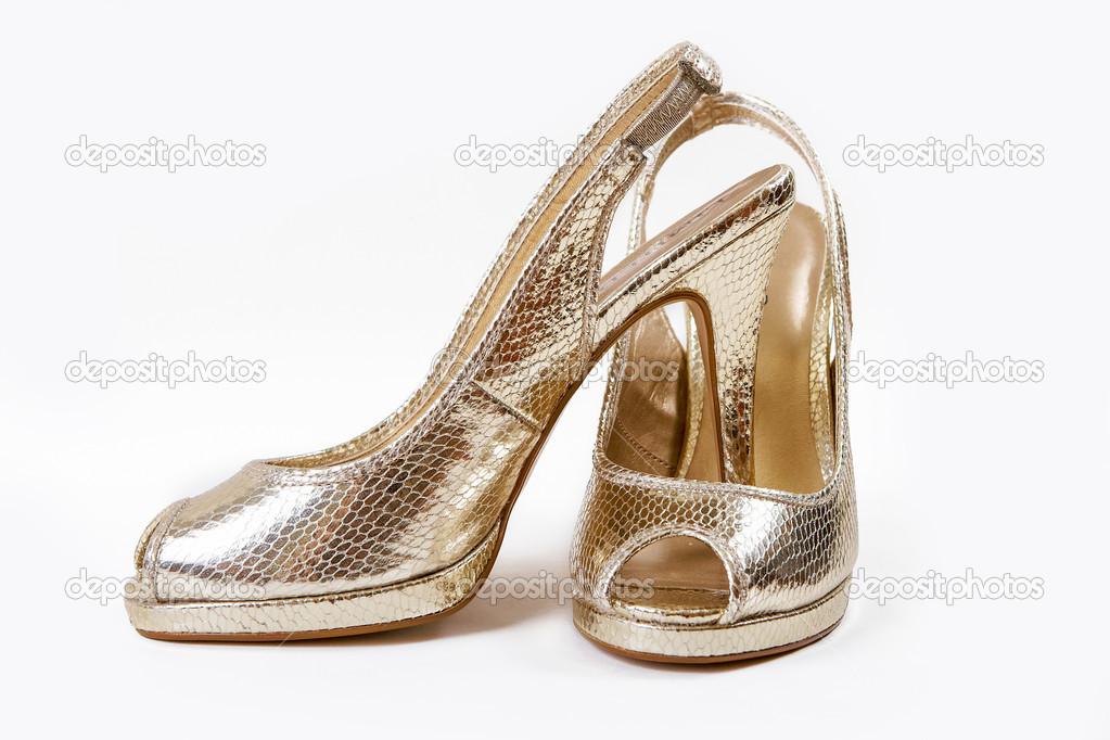 Chaussures dorées \u2013 Image