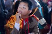 The boy disguise oneself as a samurai — Stock Photo