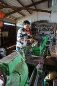 Mechanic working  mechanical workshop — Stock Photo