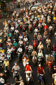 Dense, crowed traffic, motorcycle in Ho Chi Minh city — Stock Photo