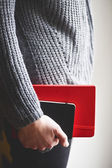 Man holding notebook — Stock Photo