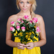 Pretty Woman With Flowers — Stock Photo