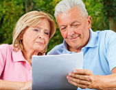 Seniors Good news — Stock Photo