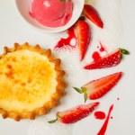 Strawberry Vanilla Dessert — Stock Photo #46698109