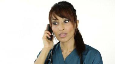 Nurse answers the phone — Stock Video