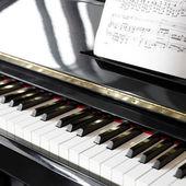 Klavír — Stock fotografie