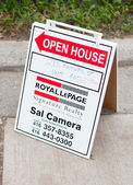 Open house sign — Stock Photo