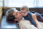 Father kissing the son — Stock Photo