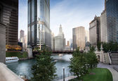 Bridge across a river in a city, La Salle Street Bridge, Chicago — Foto Stock